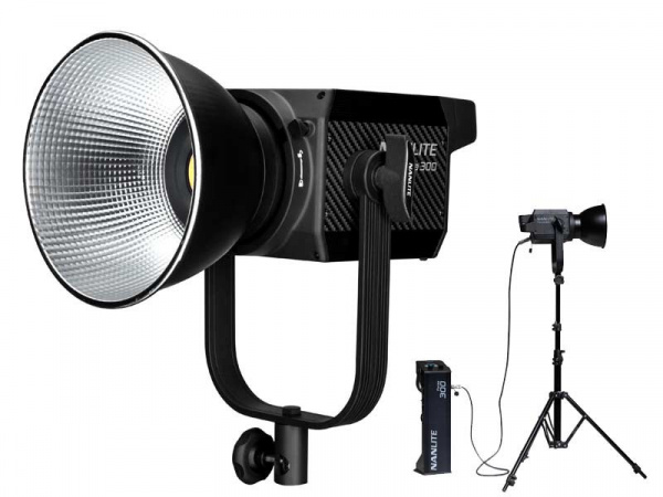 Projecteur LED Fresnel FORZA 300 Bicolor